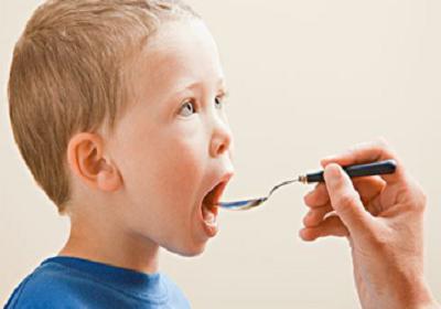 小孩儿感冒流鼻涕怎么办呢?